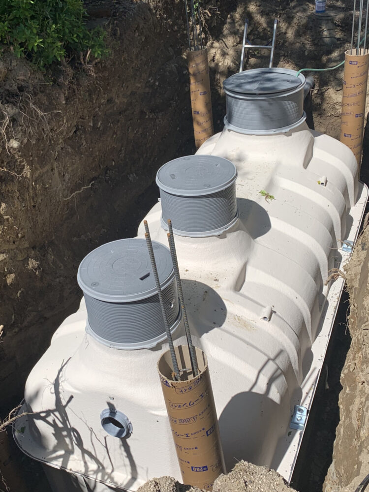 Japanese_septic_tank_installed-Fisicoquimicos_EDAR.